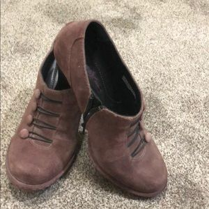 Born crown vintage heels size 8